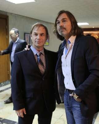 Яков Пульнов и Никас Сафронов в посольстве Узбекистана.